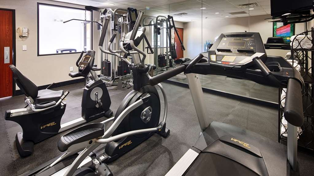 Best Western Galleria Inn & Suites - Maintain your fitness routine during your stay with us in our fitness center.