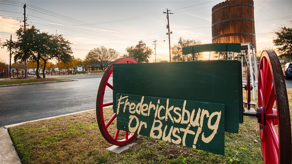 Best Western Plus Fredericksburg - We look forward to arrival at the Best Western Plus Fredericksburg!