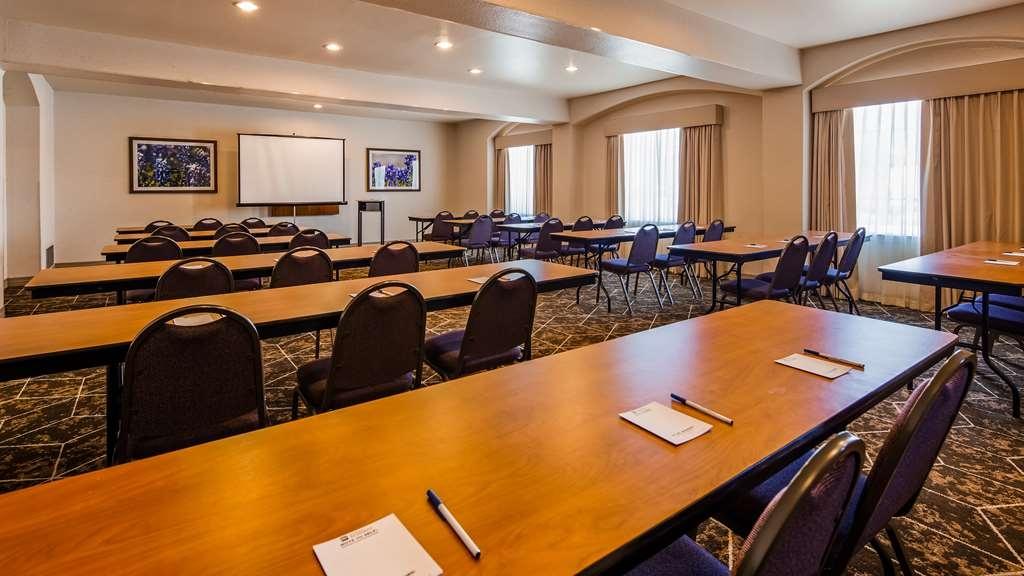 Best Western Fort Worth Inn & Suites - Meeting Facilities
