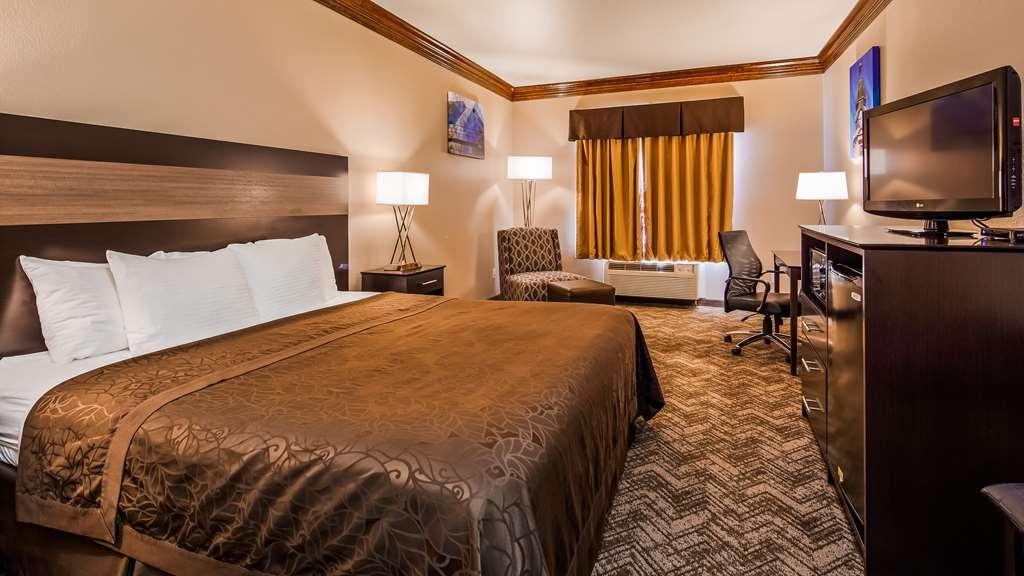 Best Western Fort Worth Inn & Suites - King Guest Room