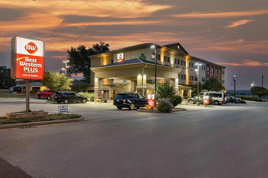 Best Western Plus Shamrock Inn & Suites - Vista exterior