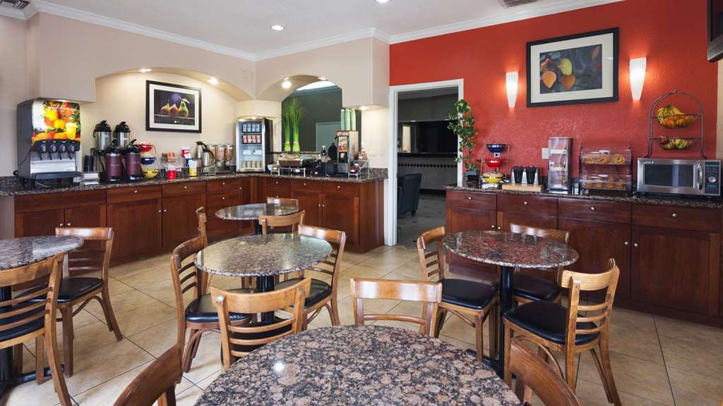 Best Western Angleton Inn - Join us every morning for a variety of your favorite morning treats.