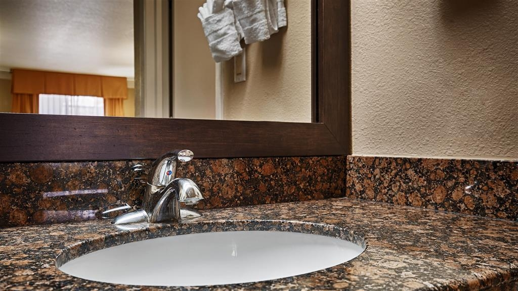 Best Western Angleton Inn - We take pride in making everything spotless for your arrival.