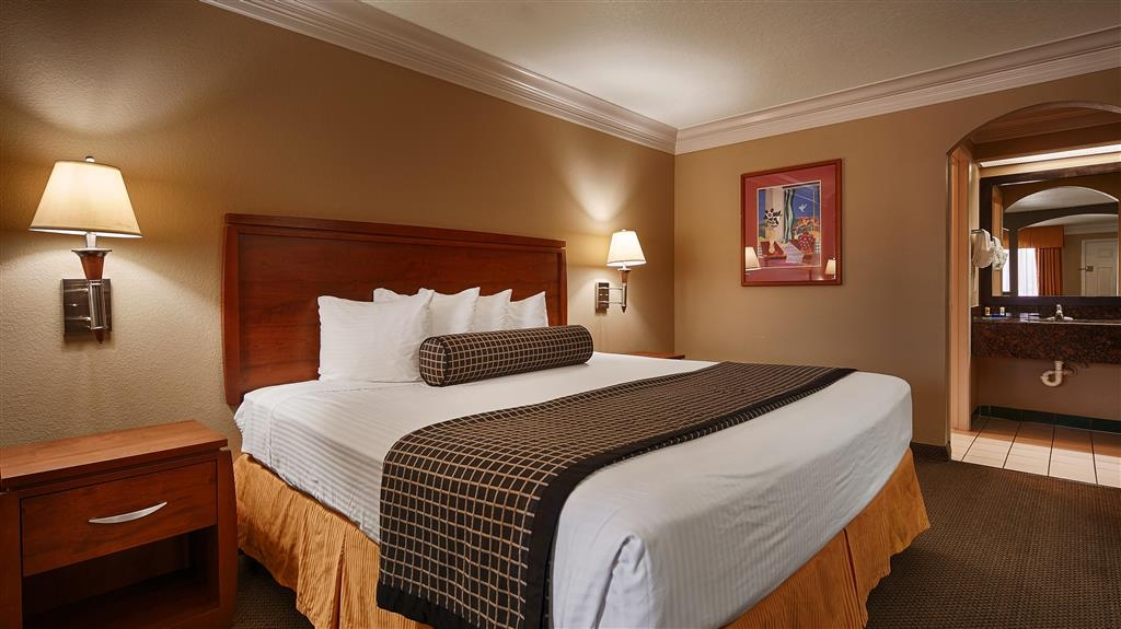 Best Western Angleton Inn - Suite