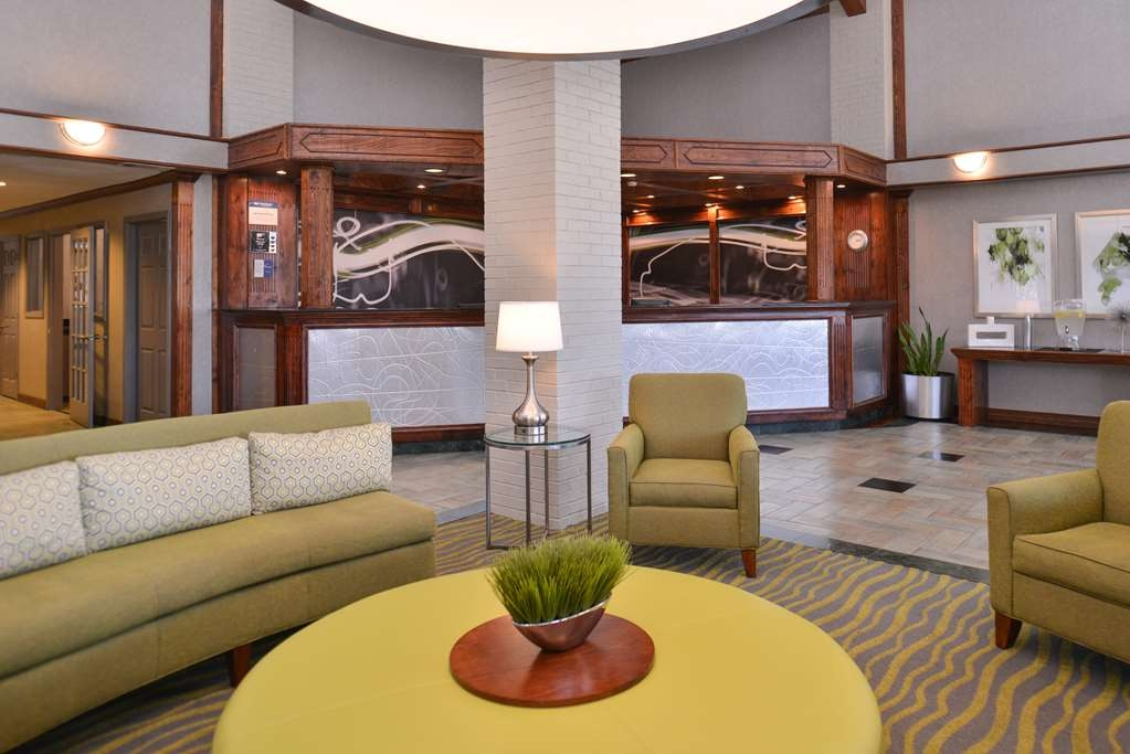 Best Western Irving Inn & Suites at DFW Airport - Hall de l'hôtel
