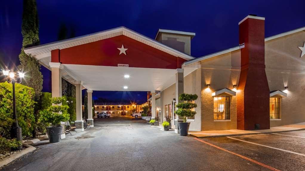 Best Western Johnson City Inn - Vista Exterior