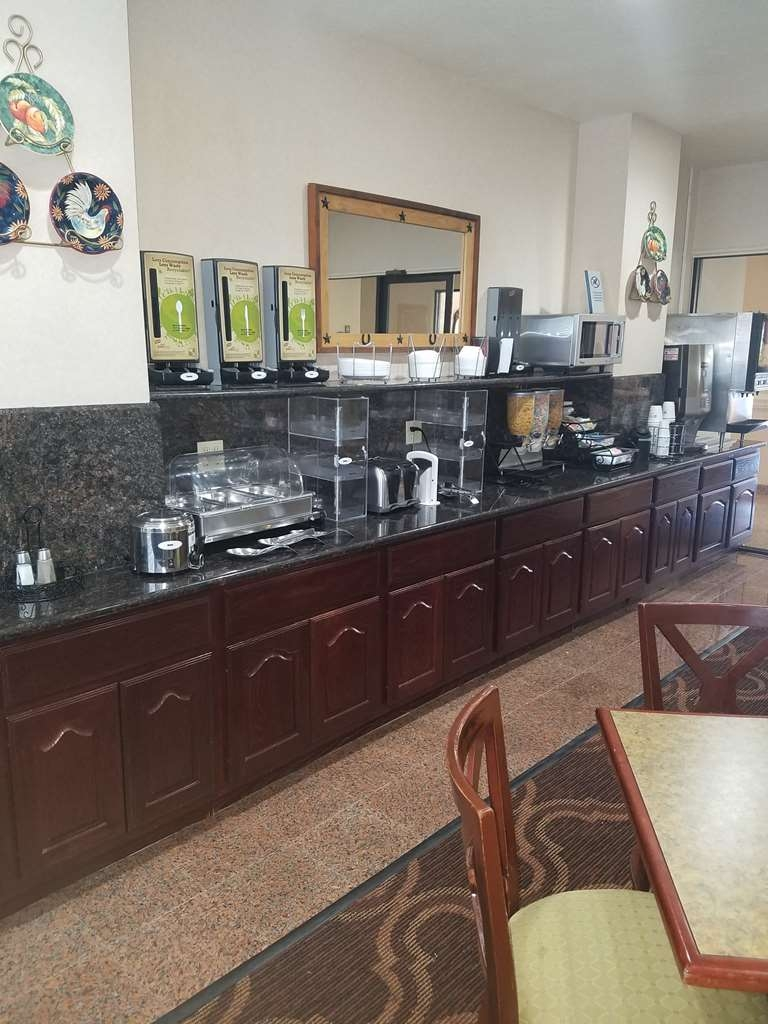 Best Western Executive Inn & Suites - Desayuno