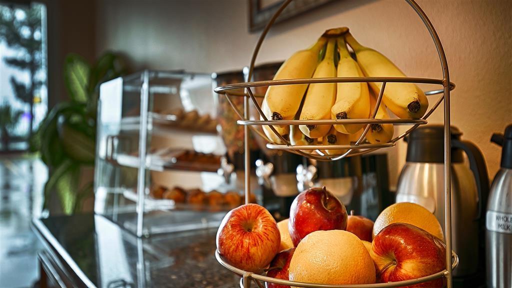 Best Western Lake Conroe Inn - Desayuno Buffet