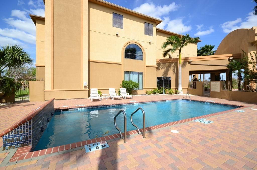 Best Western Casa Villa Suites - Piscine