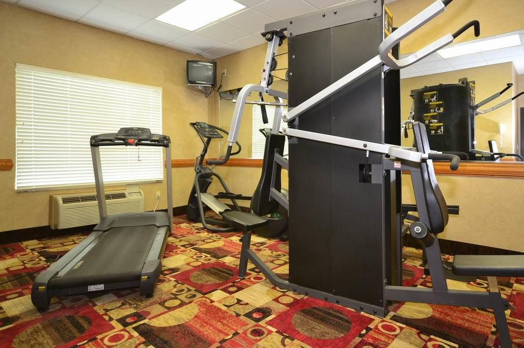 Best Western Casa Villa Suites - Fitness Center