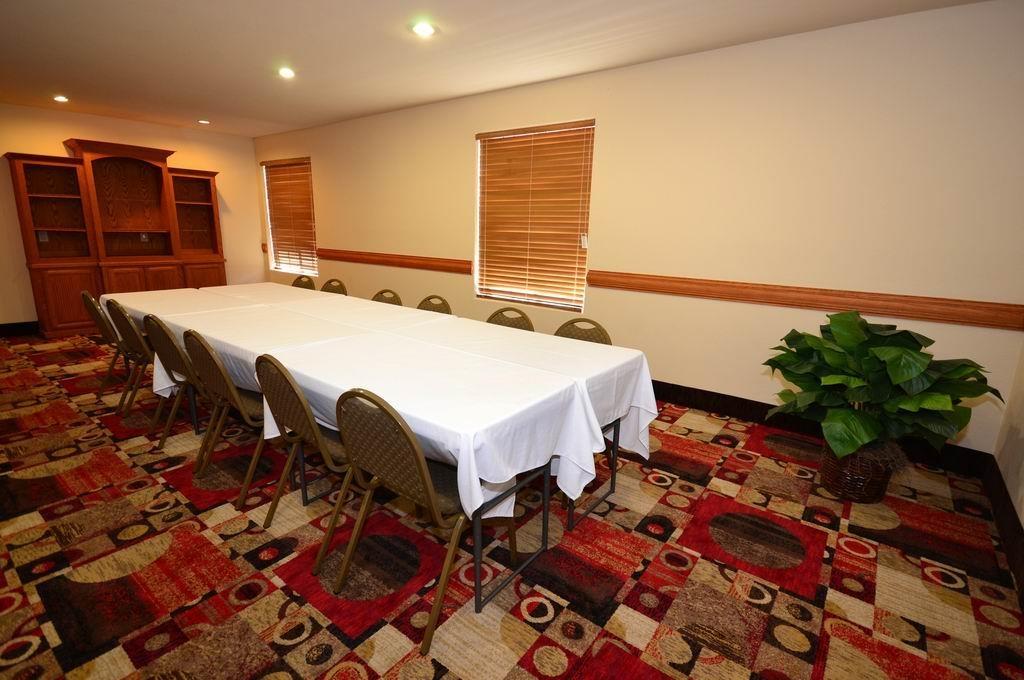 Best Western Casa Villa Suites - Salle de réunion