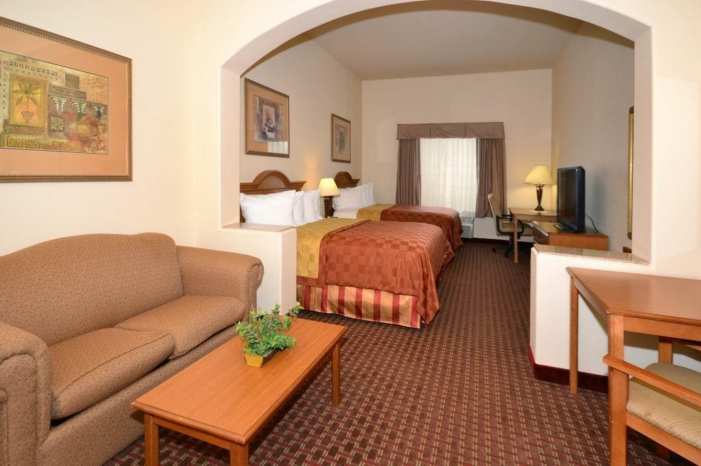 Best Western Casa Villa Suites - Two Queen Suite