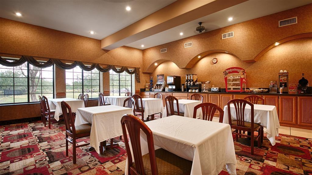 Best Western Casa Villa Suites - Zona de desayunos