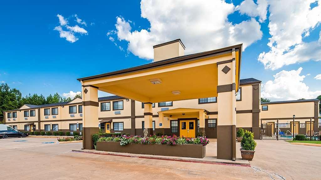 Best Western Pineywoods Inn - Aussenansicht