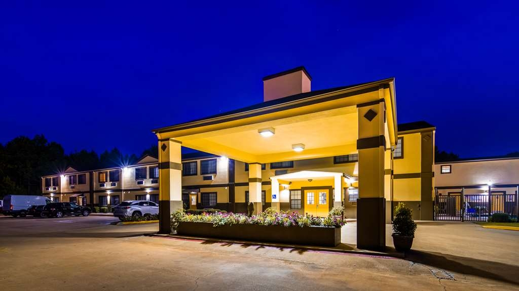 Best Western Pineywoods Inn - Welcome to the Best Western Pineywoods Inn!
