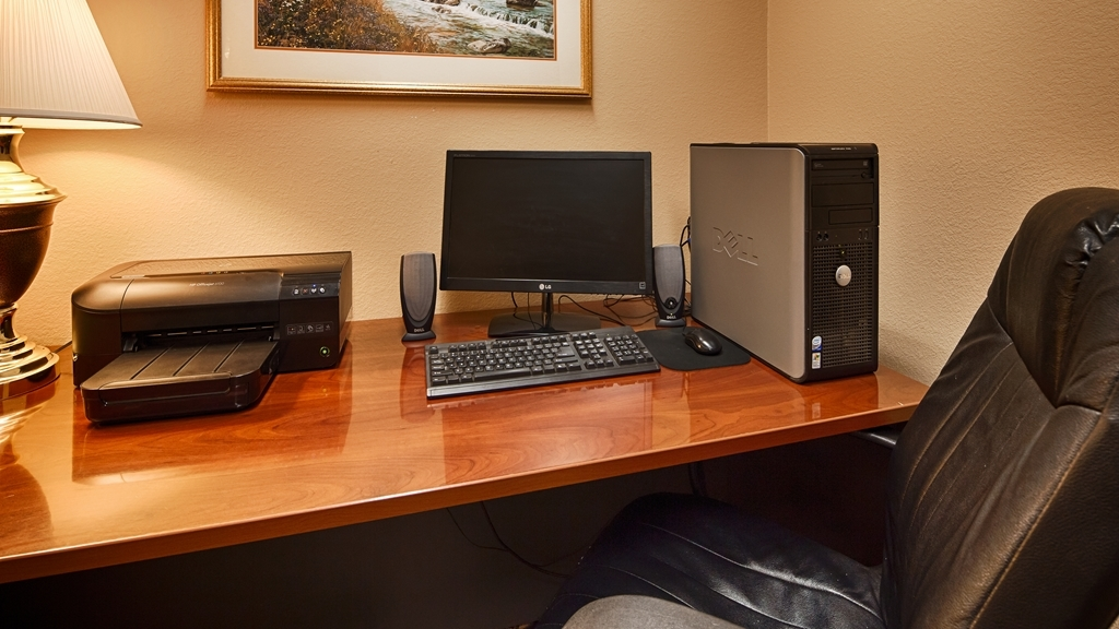 Best Western Plus Red River Inn - Stay productive during your time away from home in our business center.