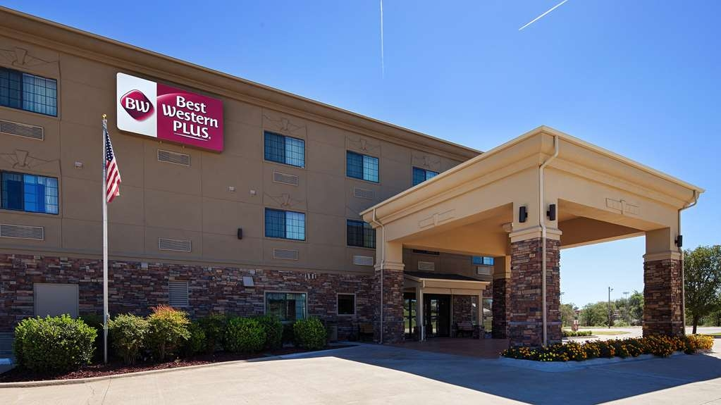 Best Western Plus Red River Inn - Discover the best of Clarendon and enjoy your stay at the Best Western PLUS Red River Inn.