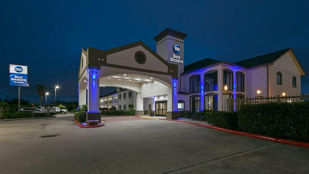 Best Western Dayton Inn & Suites - Façade