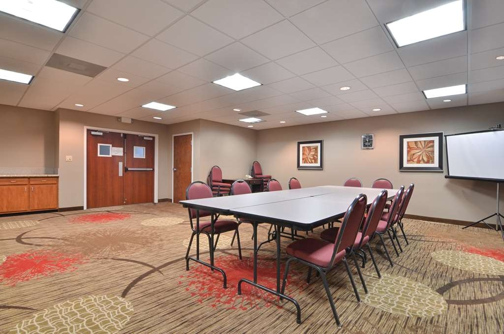 Best Western Dayton Inn & Suites - Our meeting facilities are perfect for your next meeting or event.