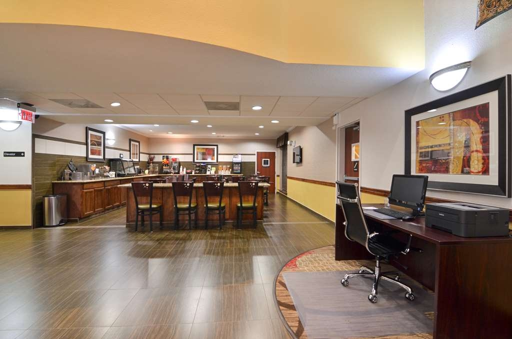Best Western Dayton Inn & Suites - Our business center is located in the Lobby.