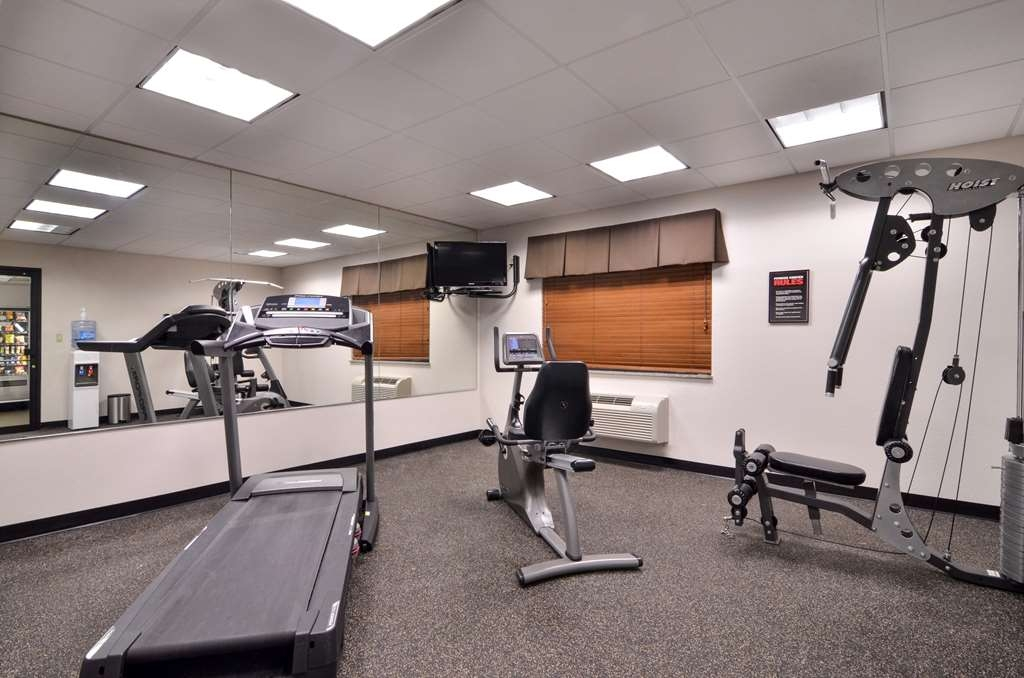 Best Western Dayton Inn & Suites - sala de ejercicios