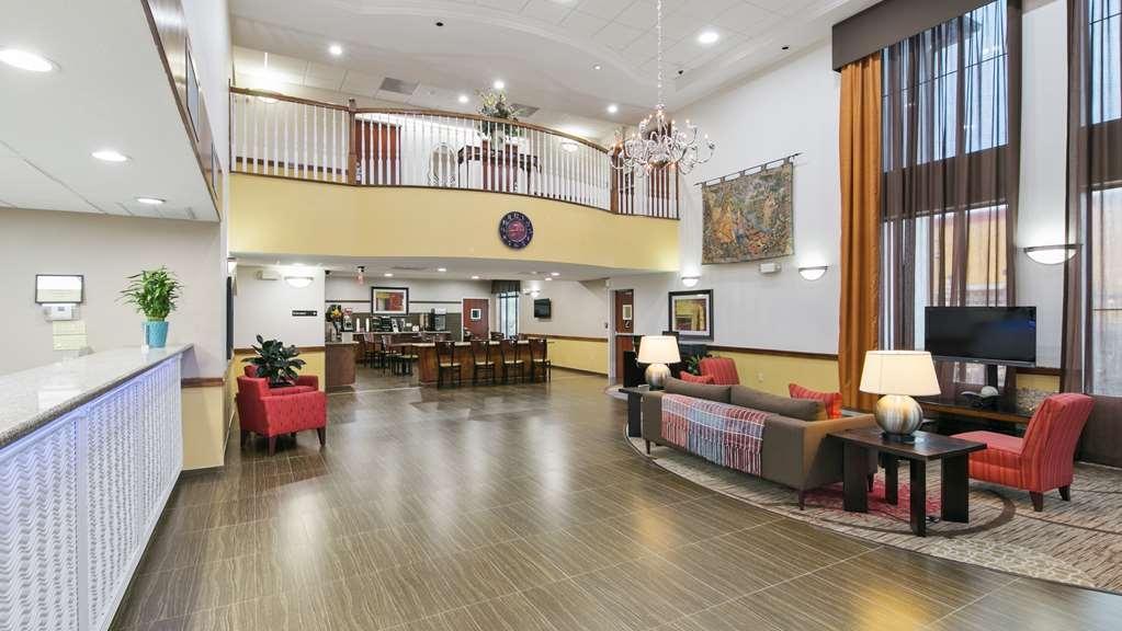 Best Western Dayton Inn & Suites - Lobby view