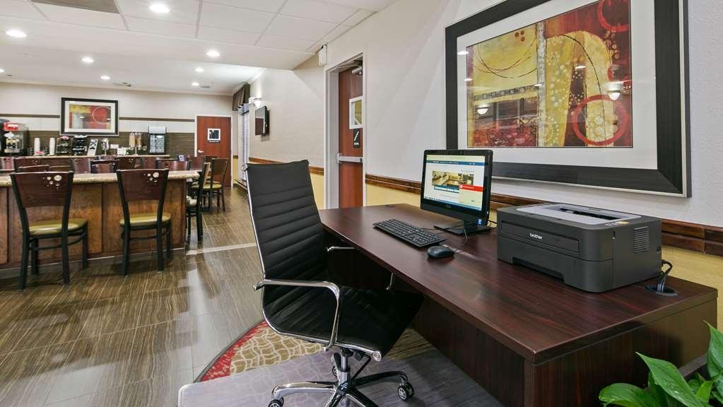 Best Western Dayton Inn & Suites - Business center