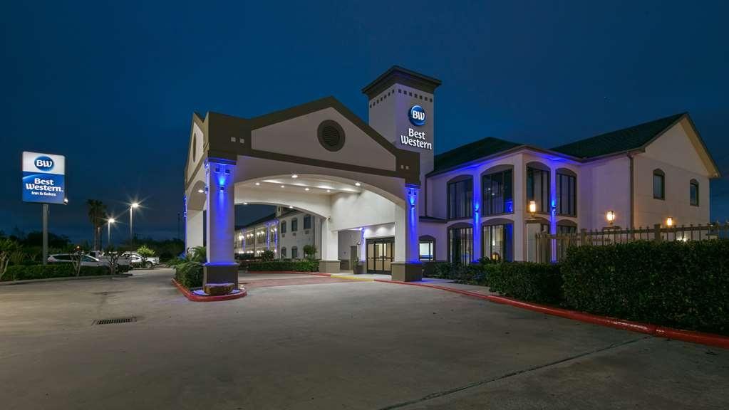 Best Western Dayton Inn & Suites - Facciata dell'albergo