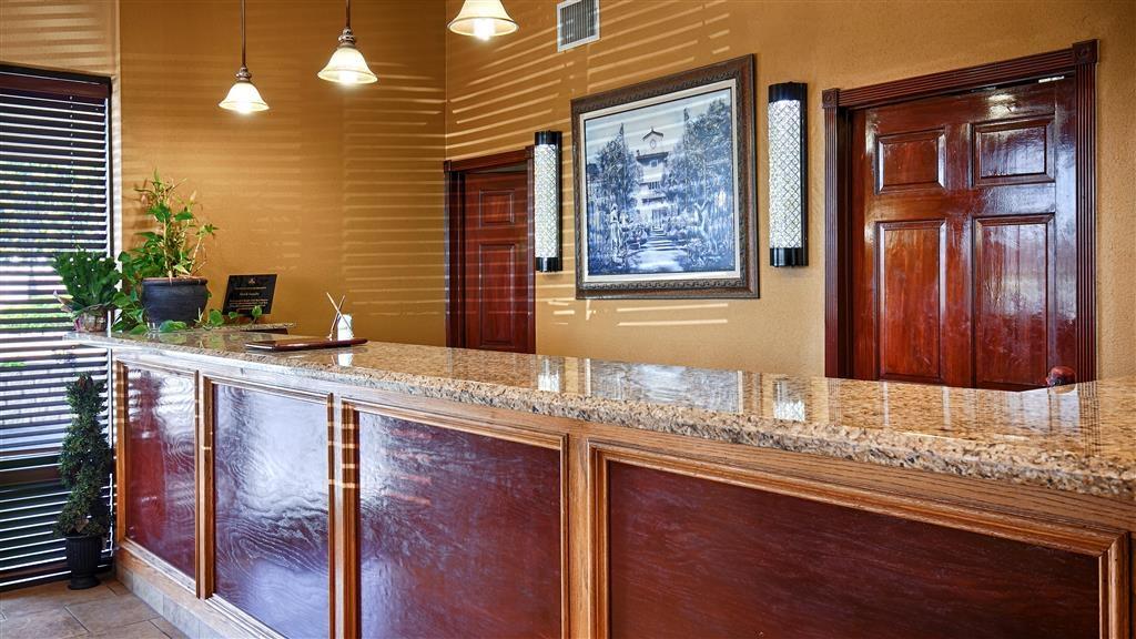 Best Western Taylor Inn - Rezeption