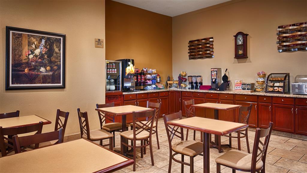 Best Western Taylor Inn - Petit déjeuner buffet