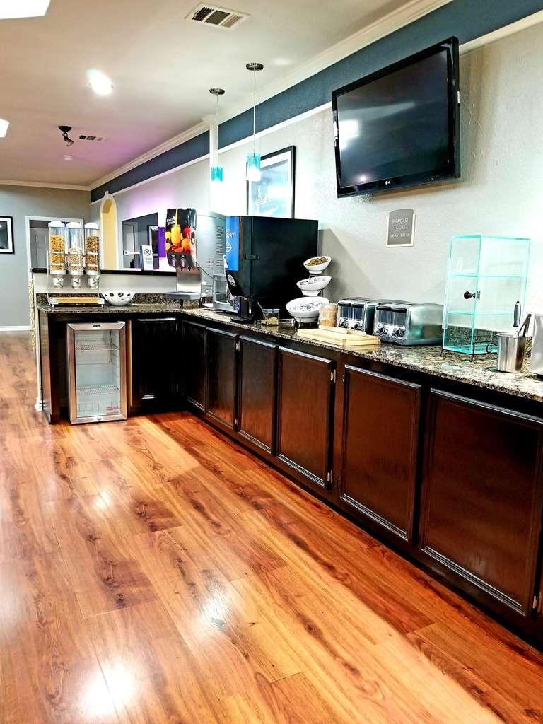 Best Western Post Oak Inn - Barra de desayunos