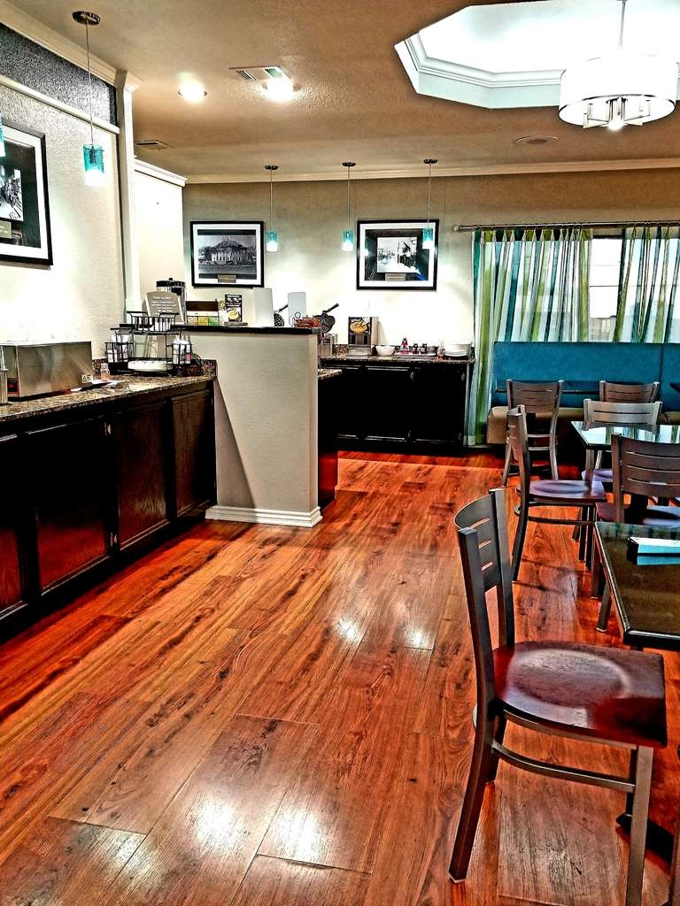Best Western Post Oak Inn - Zona de desayunos