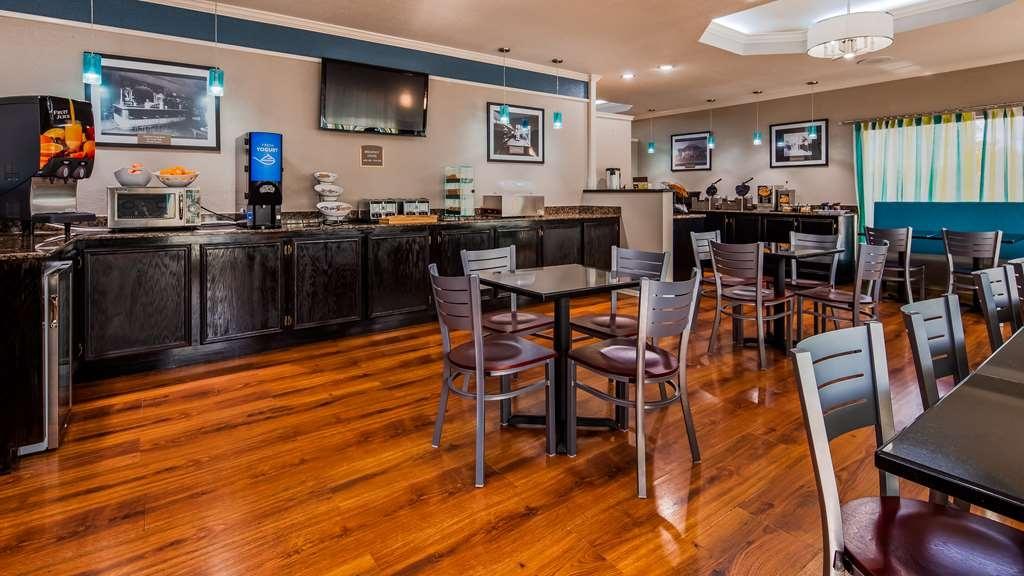 Best Western Post Oak Inn - Breakfast Area
