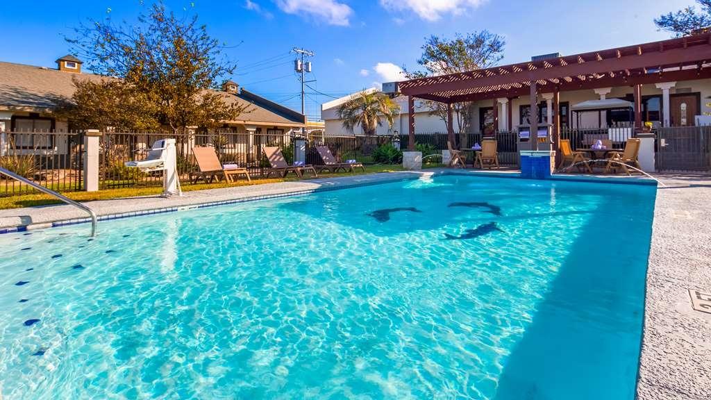 Best Western Post Oak Inn - Vista de la piscina