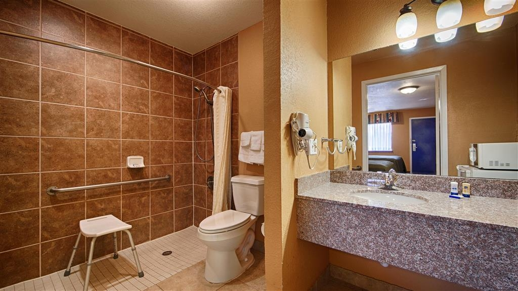 Best Western Post Oak Inn - We designed our ADA mobility accessible bathrooms for easy wheelchair access.