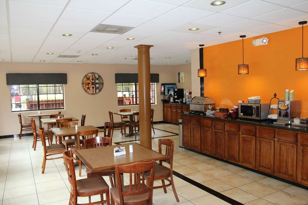 Best Western Plus The Woodlands - Restaurant / Etablissement gastronomique