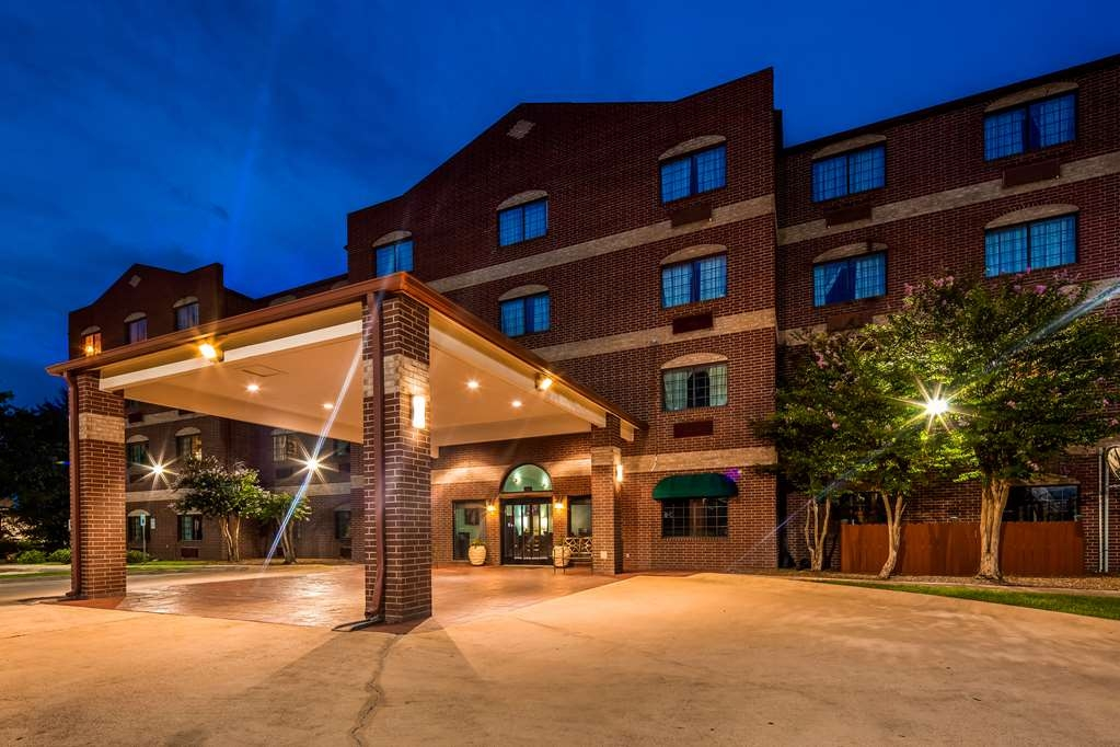 Best Western Plus The Woodlands - Welcome to the Best Western Plus The Woodlands!