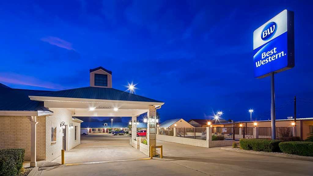 Best Western Regency Inn & Suites - Vista exterior