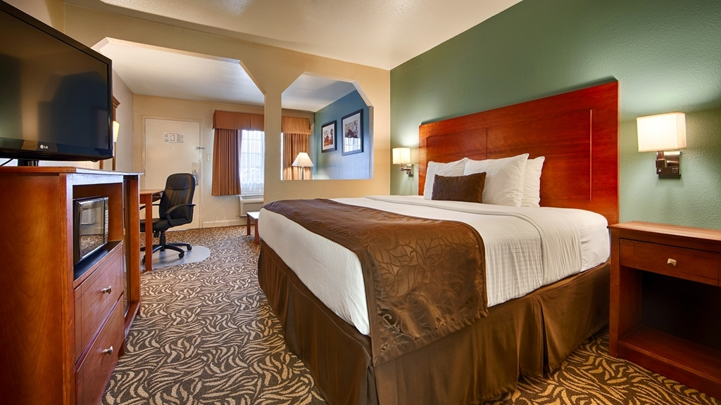 Best Western Regency Inn & Suites - Suite