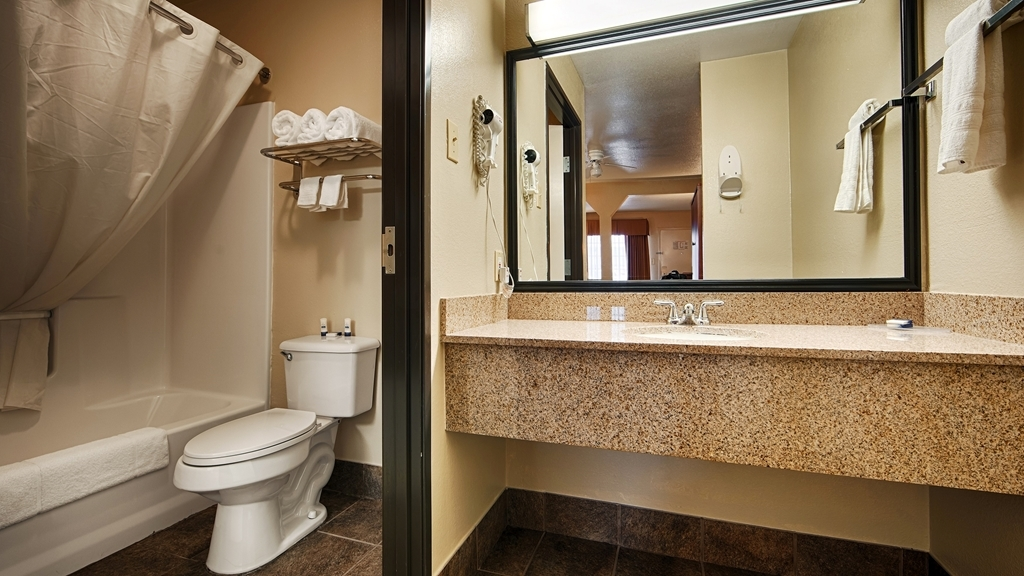 Best Western Regency Inn & Suites - Salle de bain