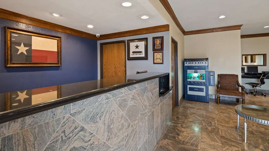 Best Western Regency Inn & Suites - Vue du lobby