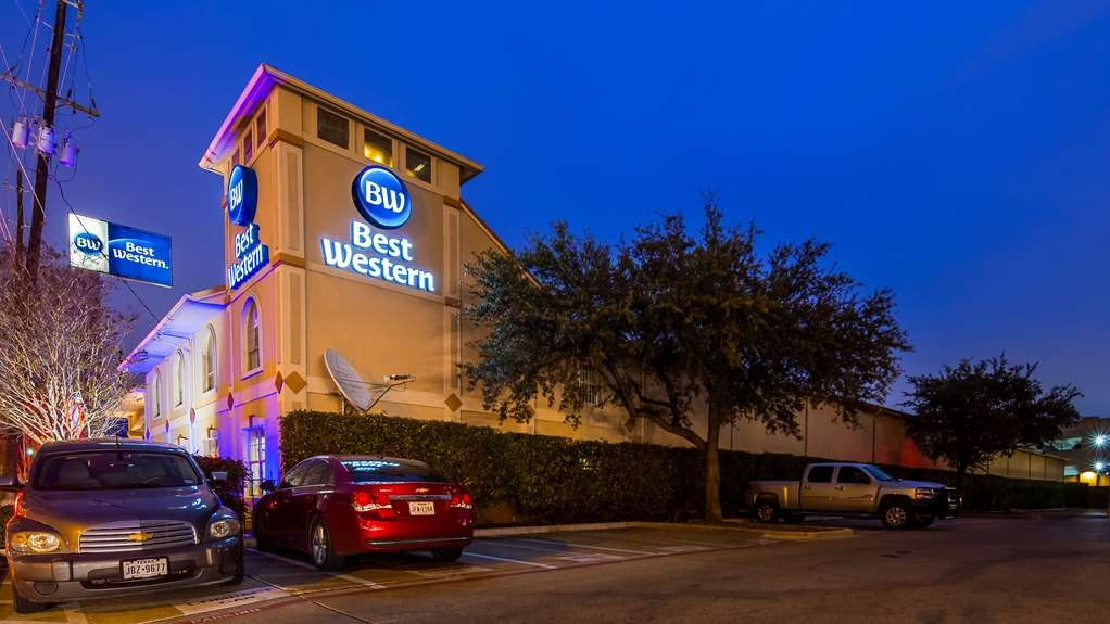 Best Western Cityplace Inn - Exterior Night