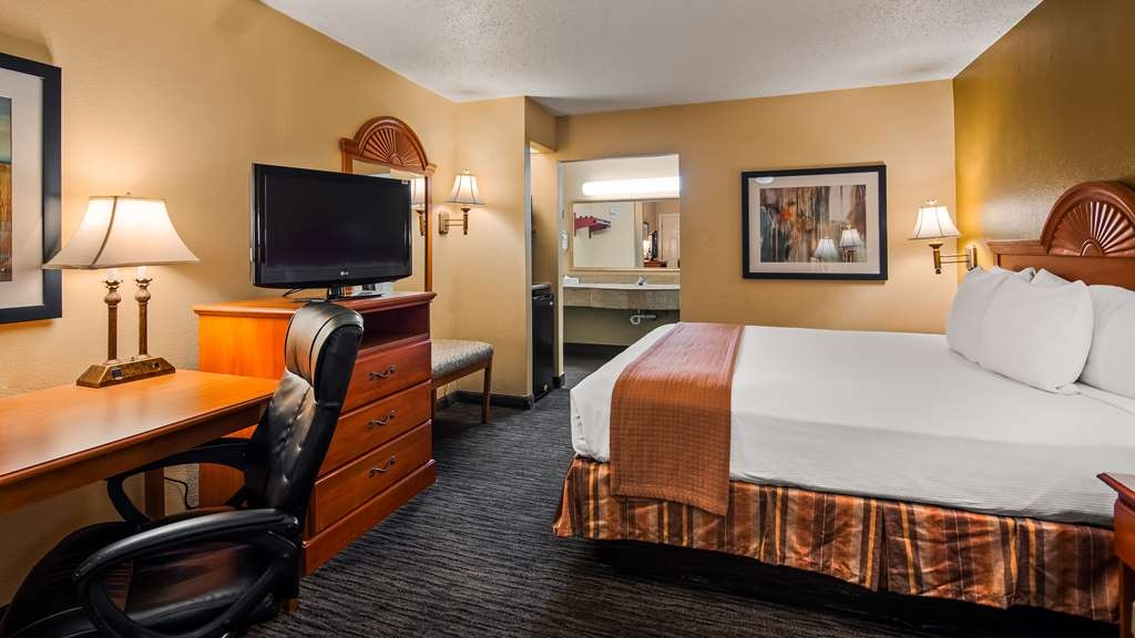 Best Western Cityplace Inn - King Guestroom