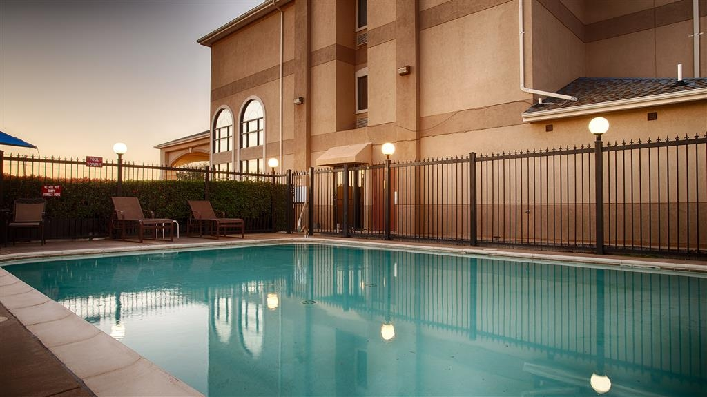 Best Western Plus Graham Inn - Piscina all'aperto