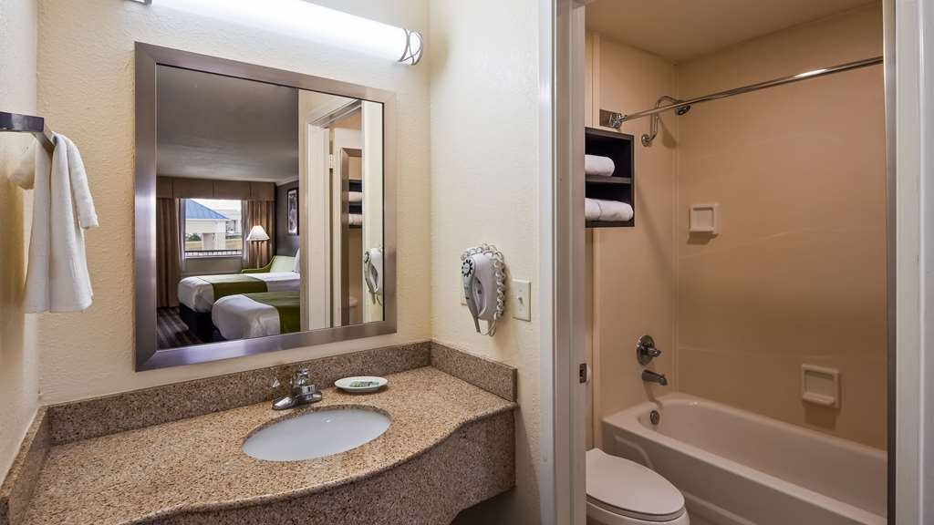 Best Western Garden Inn - Habitaciones/Alojamientos