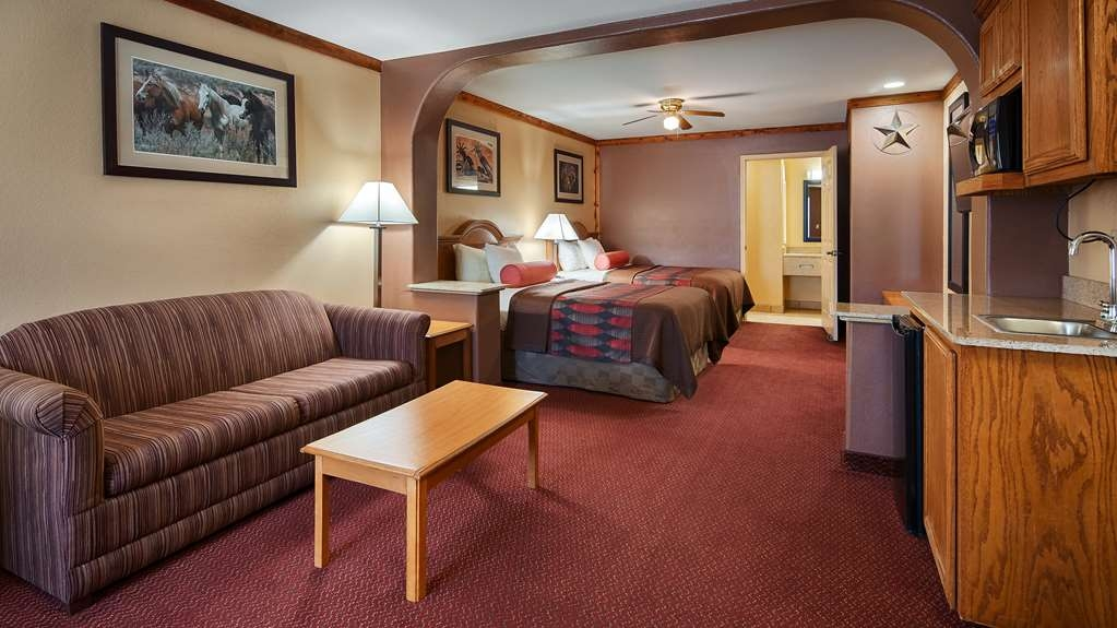 Best Western Windwood Inn & Suites - Oversized Double Room