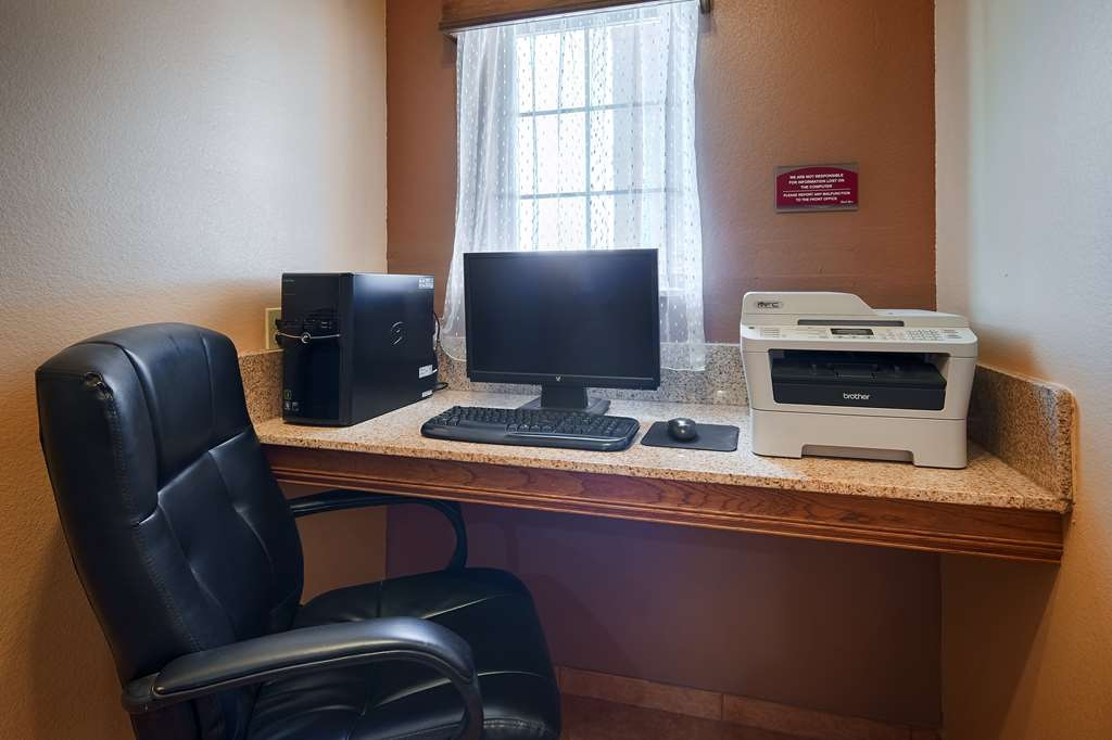 Best Western Windwood Inn & Suites - Business Center