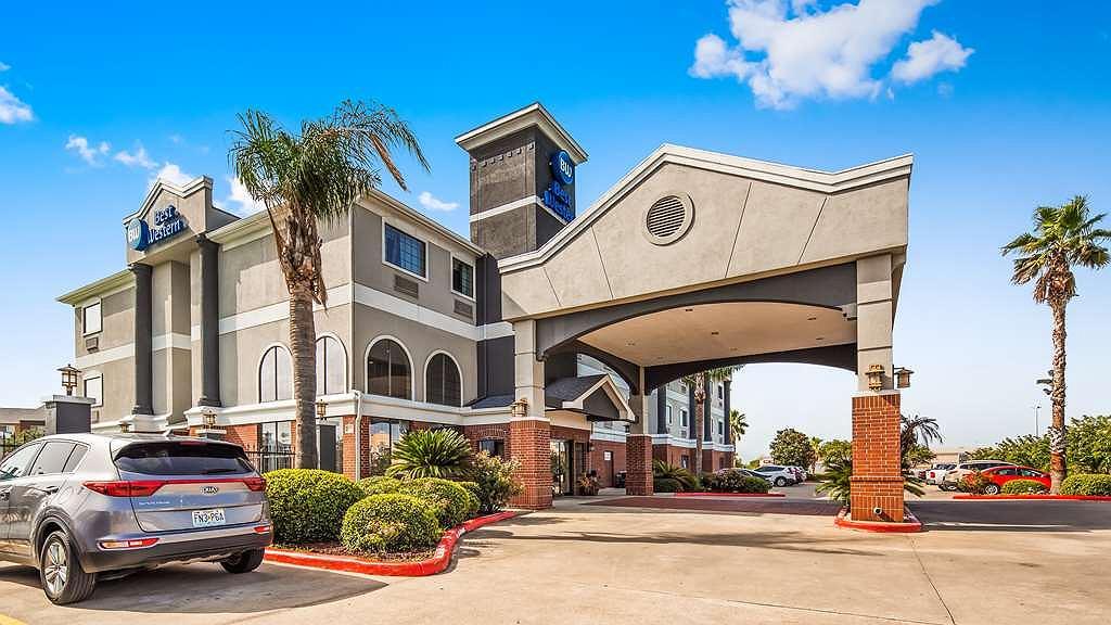 Best Western Mainland Inn & Suites - Area esterna