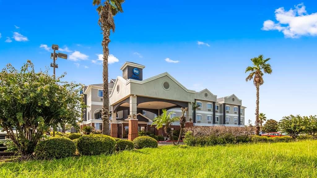 Best Western Mainland Inn & Suites - Exterior view
