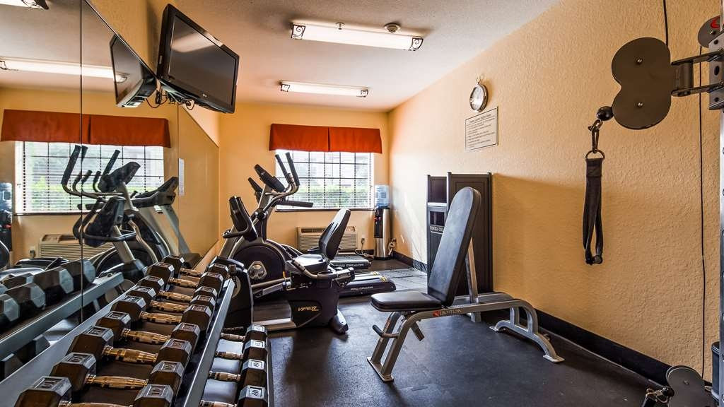 Best Western Mainland Inn & Suites - Health club